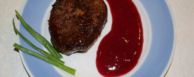 клюквенный соус с мясом